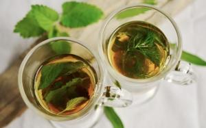 ätherische Öle der Aromatheraphie